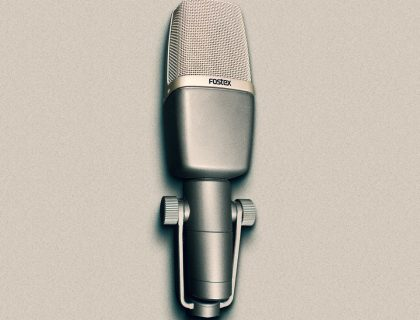 Fostex's M88RP printed ribbon microphone.